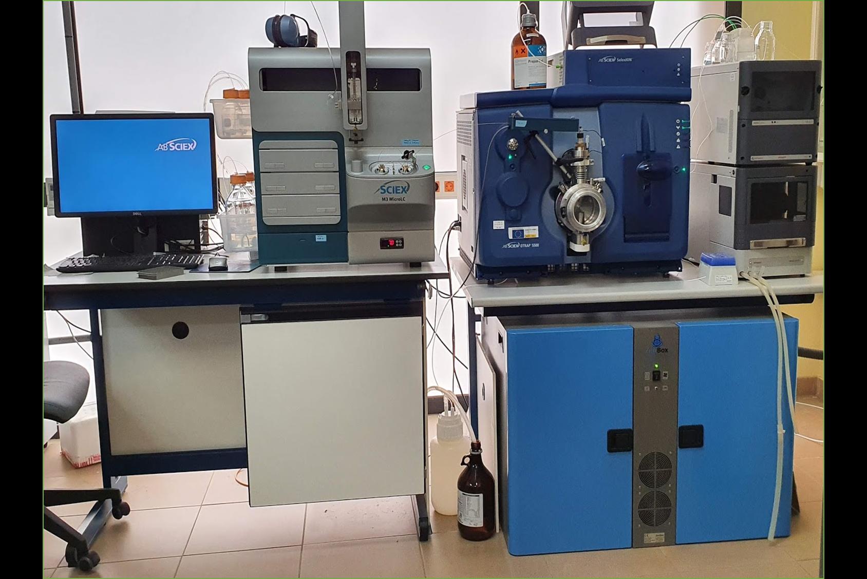 doble noise reduction enclosure for two agilent MS40 roughing pumps